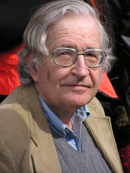 Noam Chomsky: 10 Estrategias de Manipulación Mediática